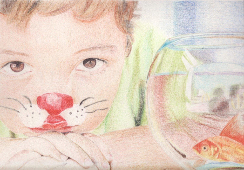 Enfant chat et son poisson rouge, aux crayons de couleur par Alice Gerfault
