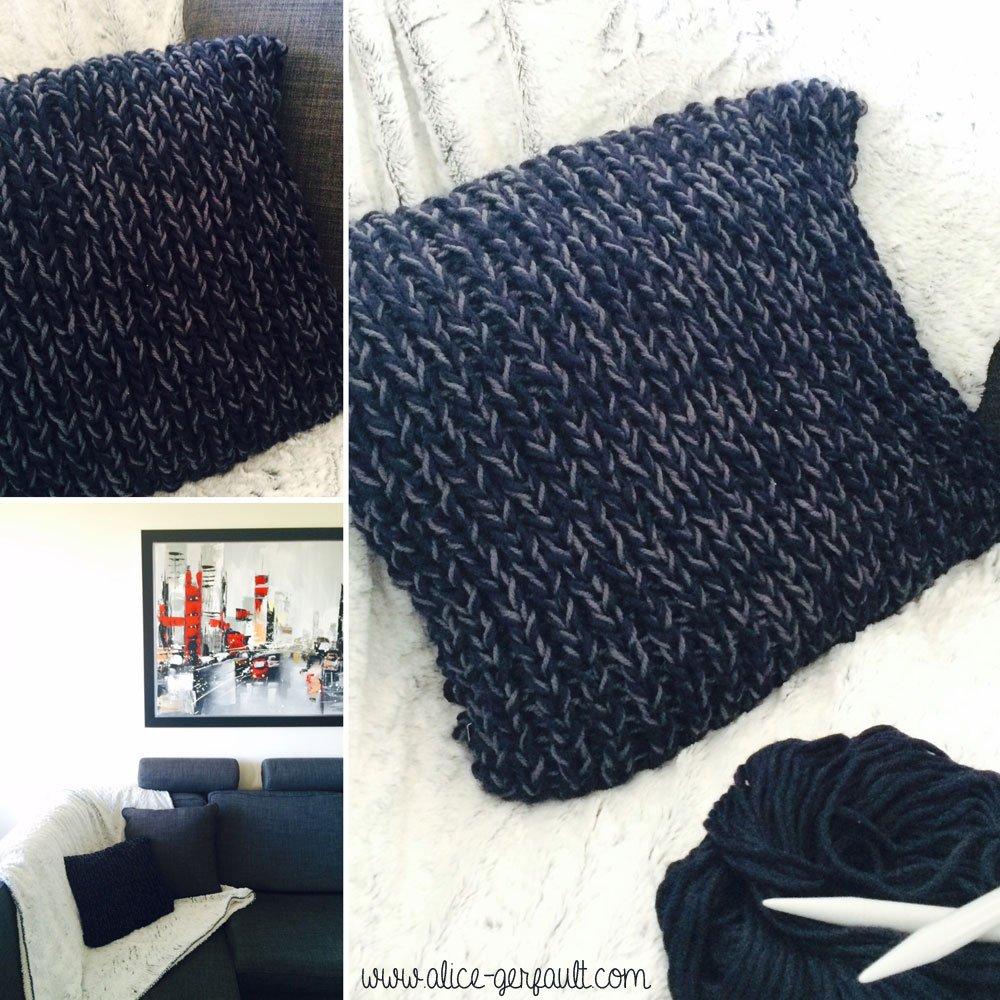Housse de coussin bicolore au tricot alice gerfault for Housse de coussin patron