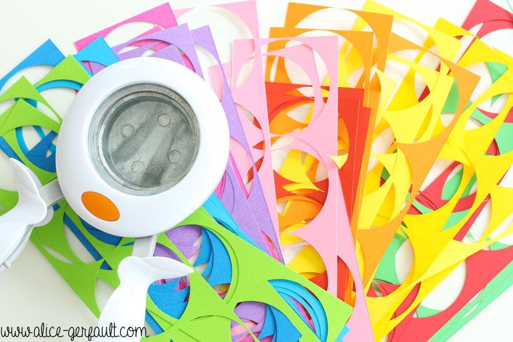 Guirlandes de papier cousu pour anniversaire arc-en-ciel, DIY par Alice Gerfault