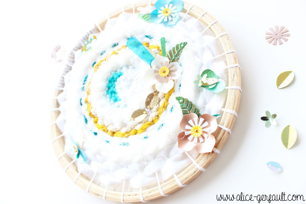 Tissage rond fleuri, DIY par Alice Gerfault