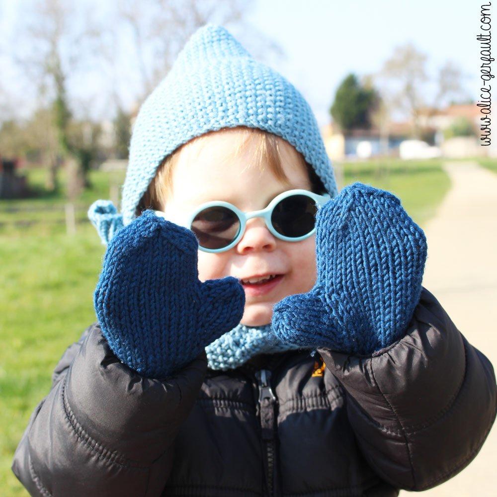 Moufles au tricot pour jeune enfant, DIY par Alice Gerfault