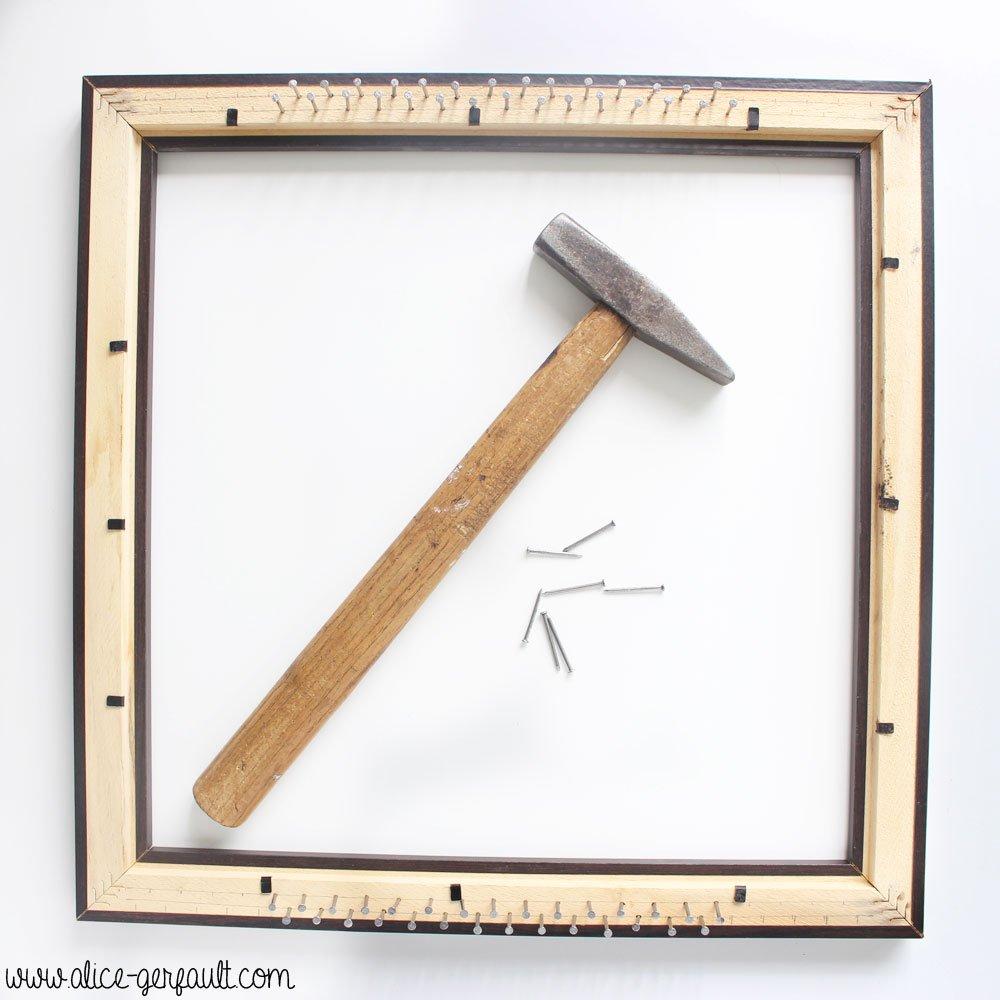 Fabriquer un metier à tisser à partir d'un cadre, DIY par Alice Gerfault