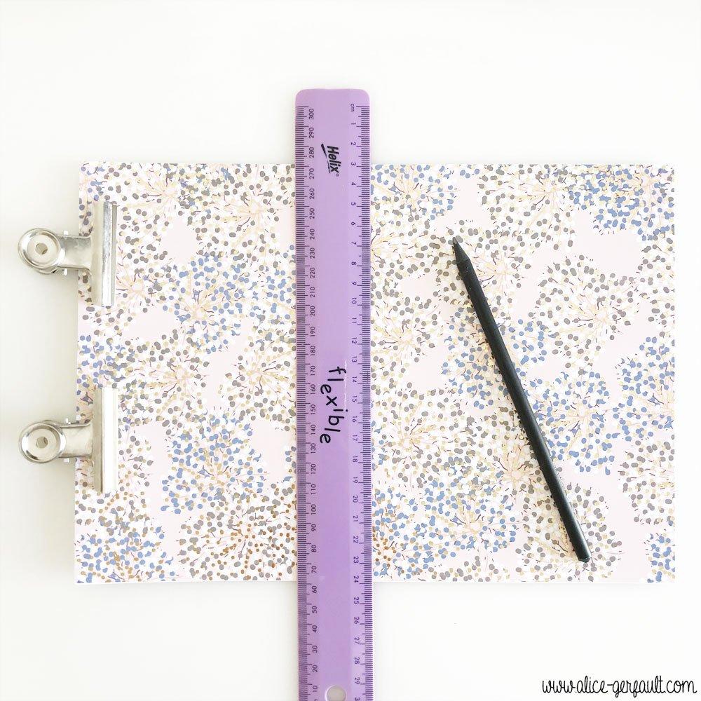 Traveler's Notebook (Fauxdori) avec bijou en Miyuki, DIY by Alice Gerfault