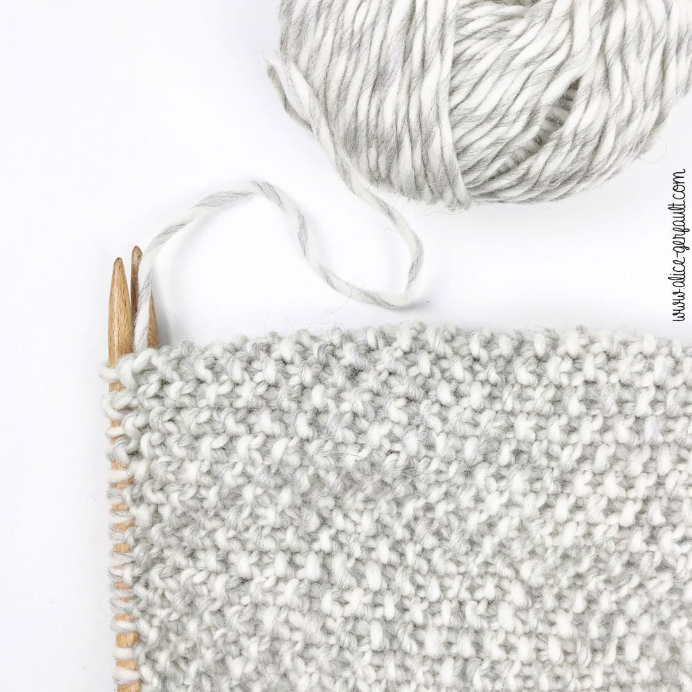 Maxi echarpe au point de riz, tricot pour débutant par Alice Gerfault