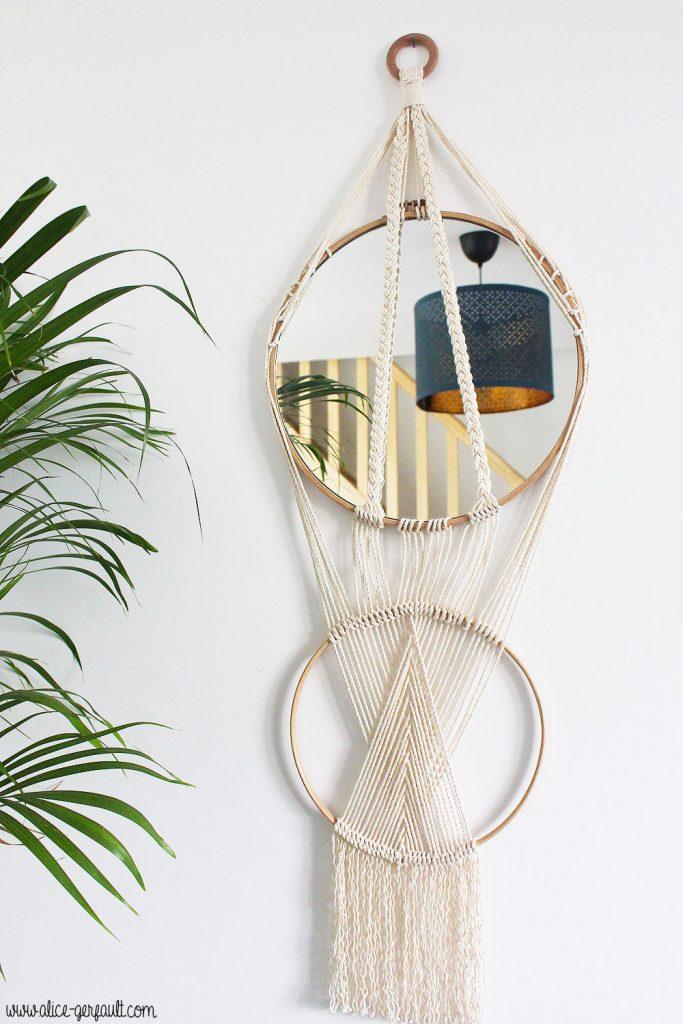 Miroir macramé sur cercles en bois, DIY par Alice Gerfault