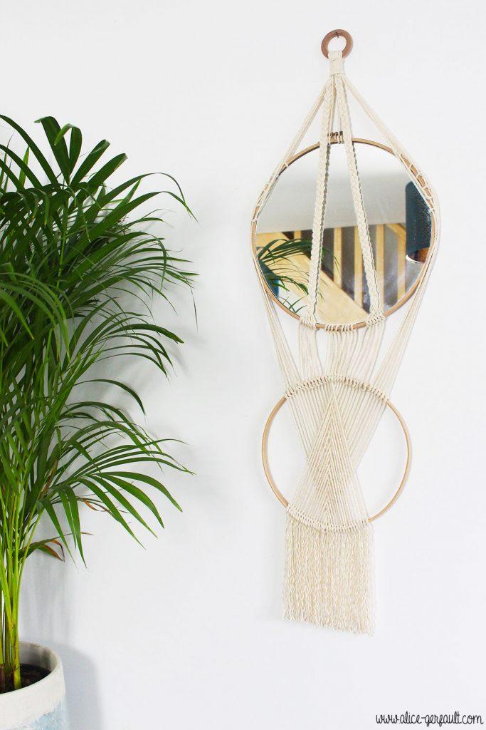 Miroir macramé sur cercle en bois, DIY par Alice Gerfault