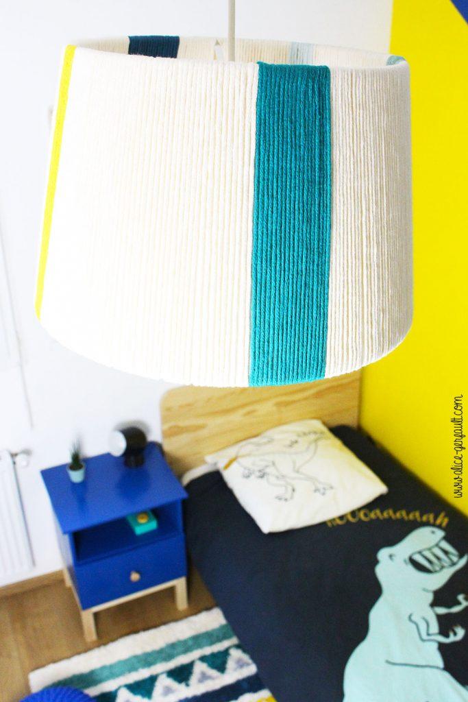 Abat jour customisé avec laine, DIY by Alice Gerfault