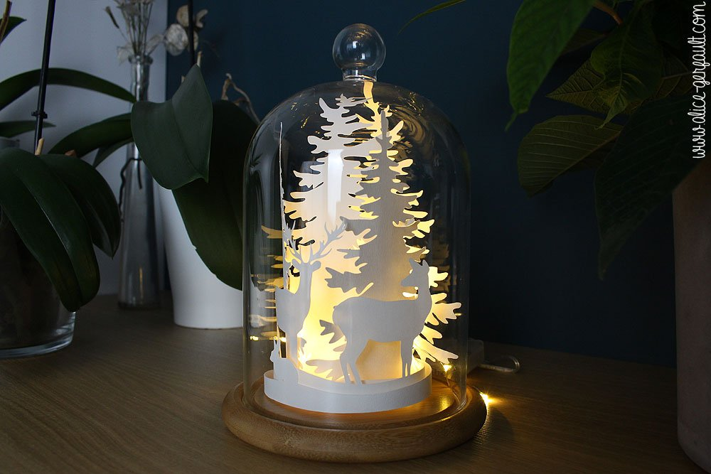 Paysage hivernal en papier sous cloche, DIY par Alice Gerfault