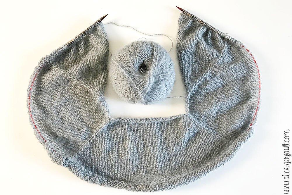 Pull Cumulus Blouse tricoté par Alice Gerfault