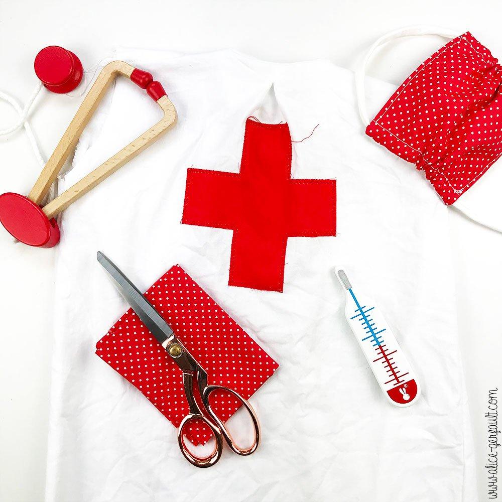 Journal Créatif Episode 10, Deguisement enfant médecin grâce au patron Vitamin d'IvanneS, DIY par Alice Gerfault